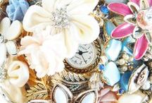 Brooch bouquets / Beautiful, sentimental and vintage alternatives to floral bouquets