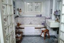 Miniatures: Bathroom