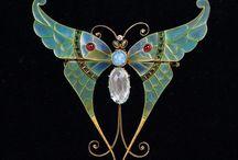 Meraviglie d'arte / Gioielli ed oggetti Art Nouveau