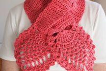 Bufandas, cuellos tejidos a Crochet. / Bufandas largas, cortas o redondas, Cuellos para damas niñas o adultas.  / by Cristina Sanhueza Ovalle