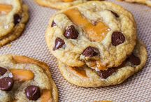 yum yum yum / Things to bake n cook n eat :) / by Becky Linn
