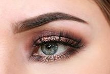 Party Night-Time Makeup / Party makeup can be hard to find. This board is where I pin the perfect ideas and inspiration for party, date, prom or dinner makeup that is glamorous and full of tips.  You can have brown eyes, blue eyes or green eyes and you will find the perfect glitter party makeup for you here. For all the makeup looks that you will need for a night out.