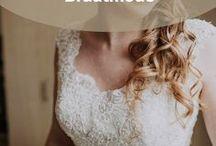 Brautmode / Auf dieser Pinnwand zeigen wir dir wundervolle Brautkleider. Romantisch, klassisch oder auch verspielt – lass dich von der Brautmode inspirieren.