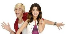 Austin and Ally (2011-2016) / Following the lives of Austin, an aspiring confident musician, Ally, a quiet talented songwriter and their two friends. Staring: Laura Marano, Ross Lynch, Raini Rodriguez, Calum Worthy, Andy Milder, Julia Campbell, Claudia DiFolco, Ashley Fink, John Henson, Michael McCafferty, Jeff Blum, Debby Ryan, Carlos Santos, Amanda Leighton, Arturo del Puerto, Audrey Whitby, Devan Leos, Aubrey Peeples, Sofia Carson, Grace Phipps, Ashley Argota, Gregory Marcel...