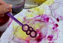 Homemade Art Supplies / Creative ideas for making your own paint, pastels, and more
