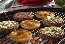 Summer Grilling Greatness / READY. SET. GRILL! There's something about the taste of beef. The sizzle. The smell. The memories. With little more than a few simple steps, the flavor possibilities are endless. Bring on the taste adventure!