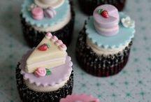 Cupcakes and Cakeballs