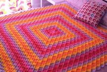 Crochet afghans/blankets/throws