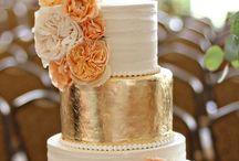 Beautiful Cakes / by Rhiannon Hobbs