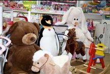 Il nostro punto vendita! :) / Ecco alcune foto del nostro bellissimo negozio, un vero paradiso per i ragazzi di ogni età! Vieni a trovarci e a vedere con i tuoi occhi i nostri fantastici giocattoli!