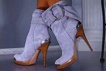 SCHUHE... Schuhe und noch mehr Schuhe