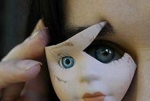 Disturbing dolls / Creepy, disturbing, scary dolls and altereted doll parts