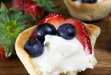 New Years Eve Recipes / Everything from NYE appetizers, drinks, and desserts!