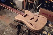 Oakie / Oak Guitar - One Piece Body-Neck