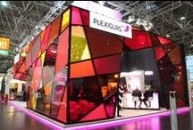 PLEXIGLAS® Exhibits & Trade shows & Museums & Events / PLEXIGLAS® is fascinating with its elegance, brilliance and color. It makes every item of furniture, tradeshow message, design or sales object the center of attention.