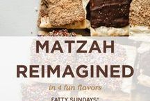 Passover / Fatty Sundays has you covered for Passover with our matzah coated in rich, indulgent chocolate and dipped in your choice of tasty toppings!