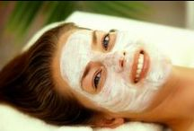 SKN Aesthetic Treatments / Take a look at the aesthetic treatments SKN Spa offers ranging from deep cleansing facials to clarify and revitalize your skin, bringing back the youth and life to your complexion. Our estheticians are infamously known for their painless extractions, included in every facial that we offer.