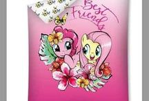 Pościel Kucyki Pony | Bedding My Little Pony / Bedding Ponies Pony | Pościel z Kucykami Pony - My Little Pony https://www.kamkryst.pl/posciel-kucyki-pony-c-2_74.html Kolekcja pościeli dziecięcych z Małymi Kucykami w sklepie z pościelą KamKryst.pl