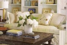 Living Rooms & Family Rooms / by Elayne Forgie