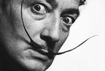 Salvador Dali / Salvador Dali, el famoso pintor, y sus pinturas estan en este tablero
