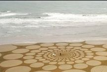 Art with Sand / Artists create sculptures and scenes with sand