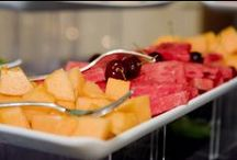 Il Partycolare: Dessert & Fruit Buffet / It does not matter whether the event is small or large, a wedding or a business meeting, the dessert and fruit buffet must be captivating and always remembered.