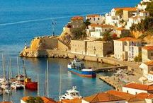 Daydreaming in Hydra / Marvelous #Hydra is an oasis for #couples in love or more #sophisticatedtravelers! http://goo.gl/6YqjCK