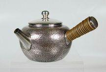 silver teapot 银壶