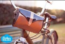 Rockabillys / #bike #biker #bikers #bag #saddlebag #woman #funcional #tieup #blue #ride #rockabilly