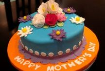 Fondant Cakes / My gallery of inspirational, elegant and beautiful cakes covered with fondant icing.