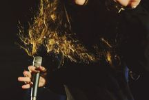 Lorde / The girl with the fabulous voice... And hair