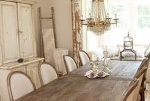 Rooms I Love - Dining Rooms! / A dining room is one of the most important rooms in your house.  It's where your family gathers at the end of the day to catch up.  It deserves to be a stylish and relaxing space.