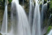 Waterfall Pictures / The best waterfall photos from around the world