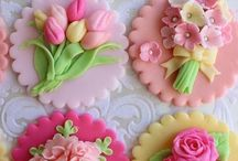 Tutorials and Toppers / All types of cupcake toppers, fondant work and tutorials for great looking sweet treats!