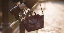 ● ACCESSOIRES ● / ● Avoir les chaussures c'est bien, mais avoir l'accessoire qui va avec, c'est mieux ! ● #bags #foulard #echarpe