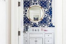 Blue Daze Decor / Well placed touches of blue are relaxing and so elegant.