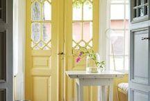 Yummy Yellow Decor / Sunny, bright, mellow yellow.  Bring the sunshine indoors.