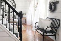 Basic Black Decor / Black is always classy, elegant and a good choice.