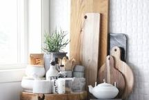 Vignette Views / When decorating, think of everything as a vignette. Walls, Corners, Bookshelves, Tables, Dressers, Shelves, even Sofas.  How to style them without the clutter.