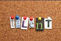 Wie ben ik en wat wil/kan ik? / Solliciteren start met het bepalen van je richting. Welke functie past bij jouw specifieke eigenschappen? Om deze vraag te kunnen beantwoorden is het belangrijk dat je een goed beeld hebt van jezelf. Dat je inzicht hebt in je talenten en valkuilen. Onderstaande pins helpen daarbij!