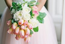 Wedding Bouquets / Beautiful wedding bouquet inspiration for brides. Not sure what flowers you want to hold on your wedding day? All styles of beautiful bouquets saved here for your viewing pleasure!