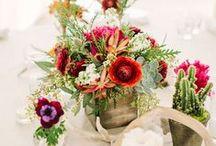 Wedding Centerpieces / Beautiful wedding centerpiece inspiration for brides. DIY centerpieces are a great way to save money on your wedding day, find ideas here for your own budget wedding!