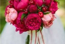 Colors - Pink Flowers / Beautiful pink wedding flower inspiration for brides