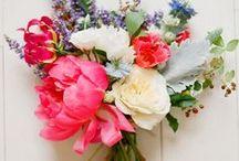 Wedding Style - Wildflowers / Beautiful wildflower wedding flower inspiration for brides