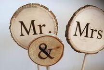 DIY Wedding Ideas / All things DIY for your wedding Day - decor, invitations, flowers, signs, menu, music, save-the-date and more! Make your budget wedding a DIY success with these ideas and inspiration for your nuptials :)