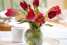 Tulip Collection / Whether you want a dramatic display in a hall or living room, or a subtle splash of colour in a guest room or on a landing – choose tulips. And of course, with Bloom silk flowers, you can enjoy them regardless of the season, for years to come.
