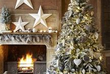 Festive Fireplaces / Festive inspiration for the focal point of your living room.
