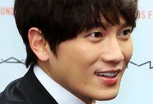 Ji Sung / Ji Sung