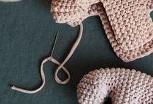 Crochet toys and materials / ganchillo material para los niños