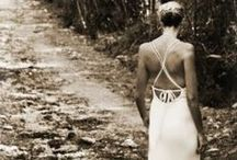 the little white dress / It can be romantic, supremely elegant, impeccably chic or all of the above...